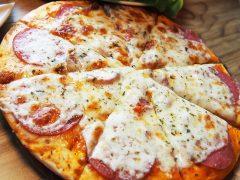 Zamawiamy we Wrocławiu pizzę w nocy