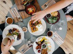 Rezerwujemy stolik w warszawskich restauracjach