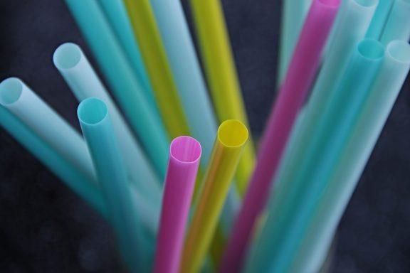 Plastik - substancja z technologicznej bajki